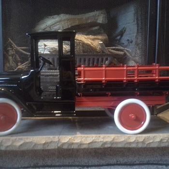 My restored Buddy L Lumber Truck - Model Cars