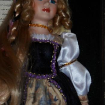 holly, shes a ashley belle porcilain doll - Dolls