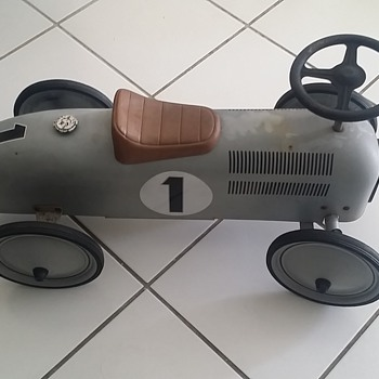 toy pedal car - Toys