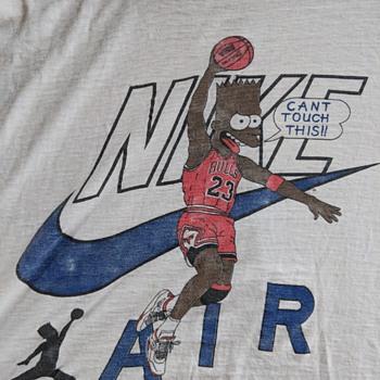 Bart Jordan slam jams on his opponents - Mens Clothing