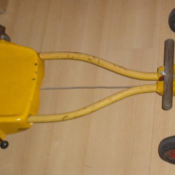 Steiff skelter / pedalcar - Toys