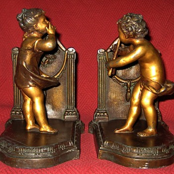 1900 French Made Cherubs At Play Bookends - Books