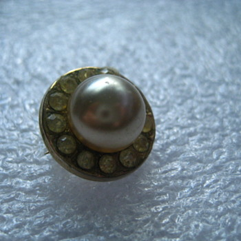 Small CORO faux Pearl Rhinestone Pin - Costume Jewelry