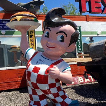 Bob's Big Boy at Lakeside Museum - Signs