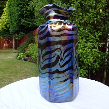 Fritz Heckert 'Silberband' by Otto Thamm in Cobalt Blue 35 cm High c 1901 - Art Glass