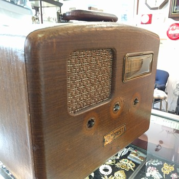 1940 De forest,Crosley  portable radio (project)