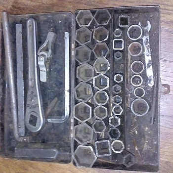 Socket set (mixed) - Tools and Hardware