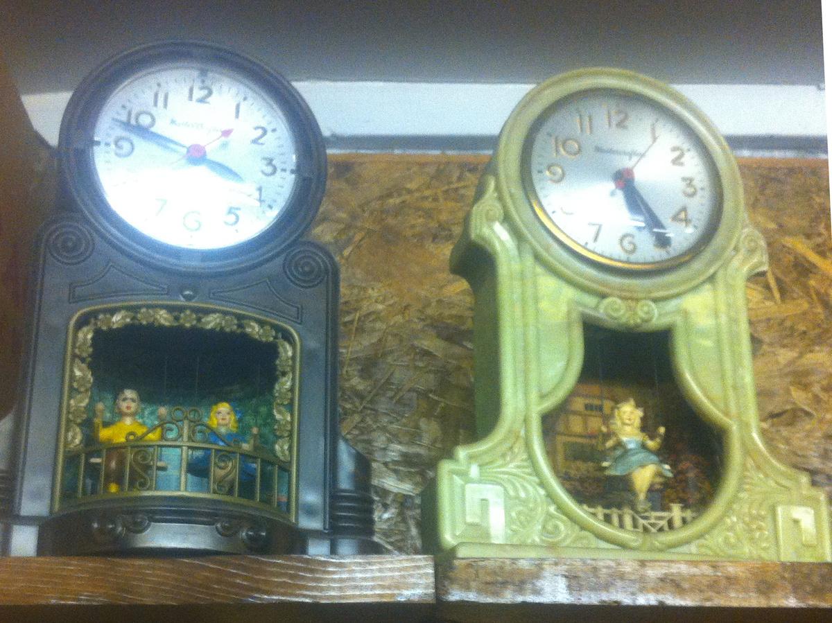 Clock girl mastercrafters swinging