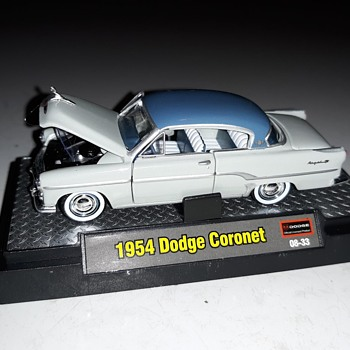 M2 Machines Premium Edition 1954 Dodge Coronet - Model Cars