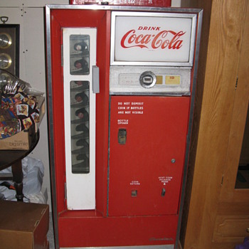 1960 Coca Cola Machine - Coca-Cola