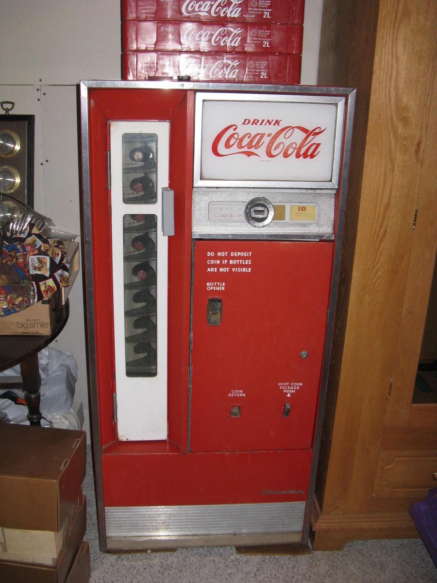 1960 Coca Cola Machine