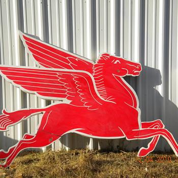 Mobil Pegasus Original Right Facing sign - Signs