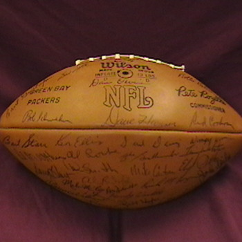 1971 Green Bay Packers Team Autographed Football