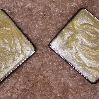 Square earrings  - Costume Jewelry