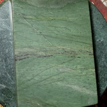 Nephrite Plinth - Gemstones