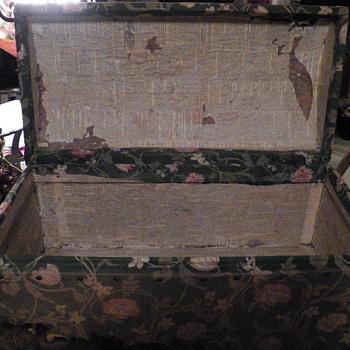 Help me Please - Furniture