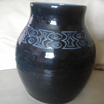 signed pot - Pottery