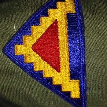 unknow military patch can anyone help with this problem