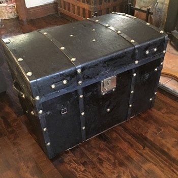 "antique leather 1850's - 60's brass studded trunk aka ""Pepto trunk"" - Furniture"