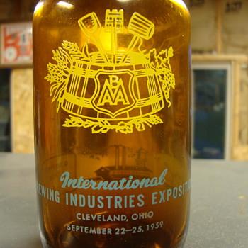 International Brewing Industries Exposition...Sept. 22-25, 1959...bottle - Breweriana