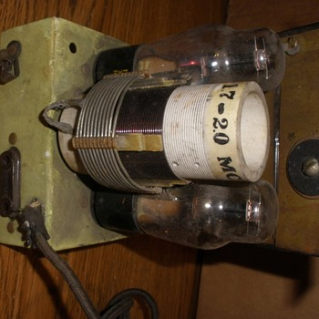 Vintage Tuner? Has 2 - #76 tubes, ant. & speaker connection & power cord