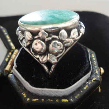 British Arts & Crafts silver ring with fruit motif and green stone c. 1900