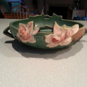 Great Roseville Bowl - Pottery