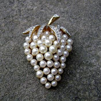 Trifari Strawberry Brooch - Costume Jewelry