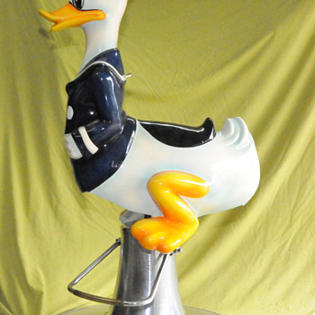 Donald Duck Barber Chair - Furniture