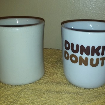 two old restaurantware coffee cups, one with a name... ;-) - Advertising