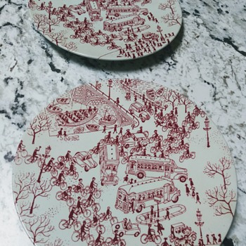 HOYRUP DECORATIVE WALL PLATES - China and Dinnerware