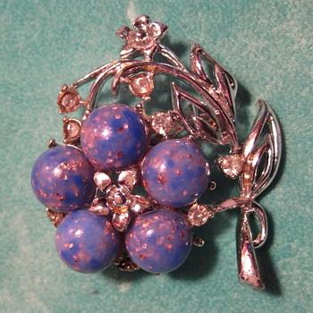 Vintage CORO White Rhinestone Blue Confetti Flower Brooch Pin - Costume Jewelry