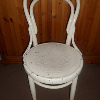 £5 chair I bought today :) - Furniture