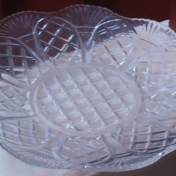 Pressed glass plates victorian or art deco? - Glassware