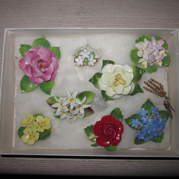 Staffordshire England Bone China Brooches - Costume Jewelry