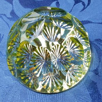 Webb and Corbett uranium glass paperweight - Art Glass