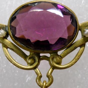 Art nouveau Amethyst Brooch - Art Nouveau