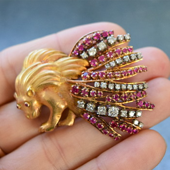My gold and be-sparkled porcupine :) - Fine Jewelry