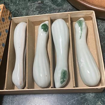 Loofa Sponge [?] Chopstick Rests - Asian