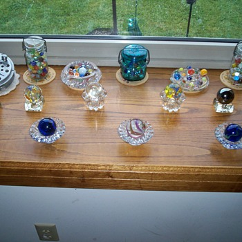 VINTAGE MARBLE COLLECTION. - Art Glass
