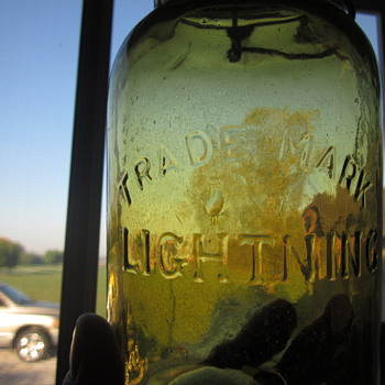 Early Green Lightning Putnam Fruit Jar  - Bottles