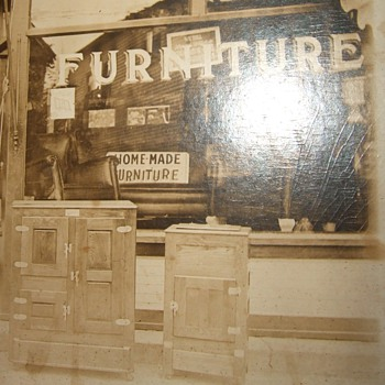 Early 20th century furniture store - Photographs