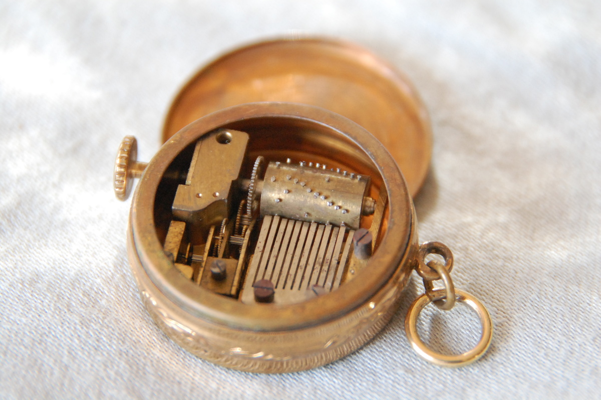 Music box pendant collectors weekly aloadofball