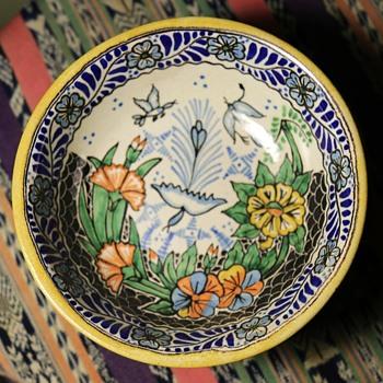 Puebla Talavera Bowl - Pottery