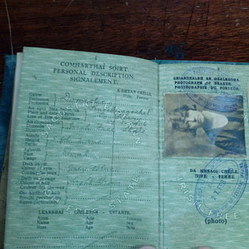 Irish free state passport 1925 - Paper