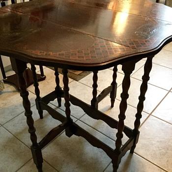 Ornate Oriental gate-leg side table - Furniture
