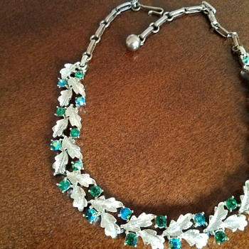 So Shiny!  Super colorful green-blue rhinestone Necklace/Choker - Costume Jewelry