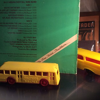 No bus , I guess I'll have to take the wagon to Texas  - Model Cars