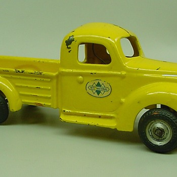 Arcade International truck - Model Cars