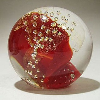 "GLASS EYE STUDIO ( GES) Paperweight --- ""Red 1999"" - Art Glass"